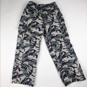 Oshkosh B'gosh boys cargo pants in camo. Size 10